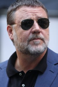 https://commons.wikimedia.org/wiki/File:Russell_Crowe_(33994020424).jpg
